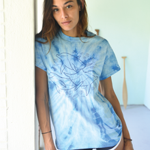 Load image into Gallery viewer, unisex blue tie dye tee dolphin