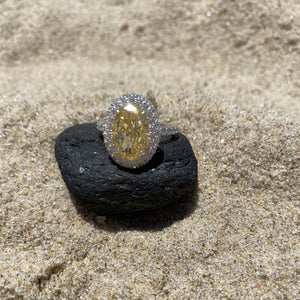 Labyrinth Diamonds 14K Gold Classic Oval Halo Diamond (Semi-Mount)