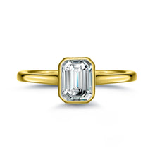 Load image into Gallery viewer, Labyrinth Diamonds Bezel Set 14K Yellow Gold Solitaire Diamond Ring Emerald