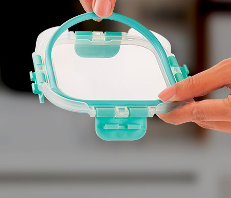 hand removable silicone ring for thorough cleaning. scratch free odor free lunch box