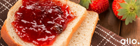 Jam sandwich for breakfast and for kids lunch box