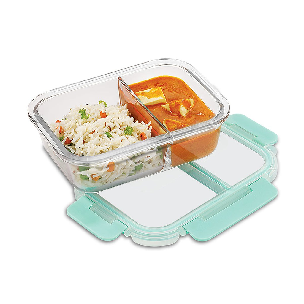 This rectangular glass Lunch box contains microwavable borosilicate glass container with two compartments of 580 ml capacity , ideal for office lunch breaks and school tiffins