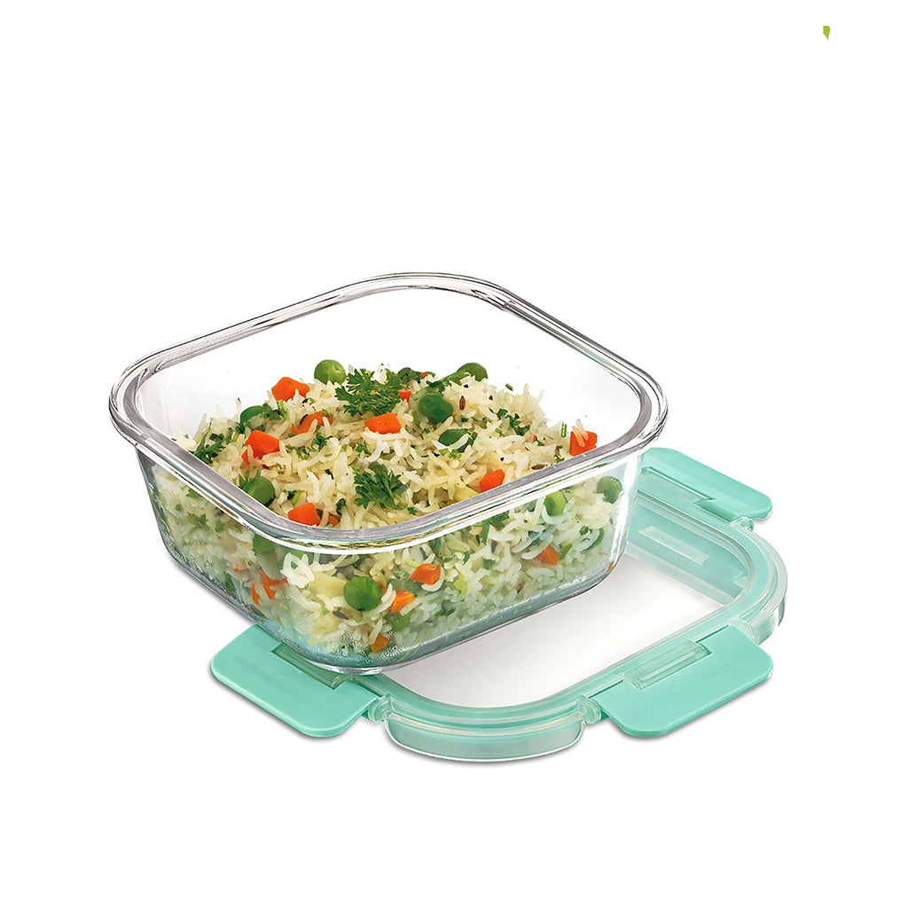 Borosilicate Microwave glass container of 800ml capacity , used for kitchen and fridge storage