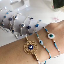 Load image into Gallery viewer, String Beaded Circle Eye Bracelet