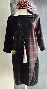 INLAY DRESS RED PLAID