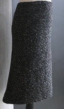 Load image into Gallery viewer, Pencil skirt-B/W tweed