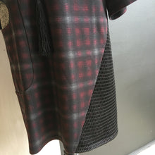 Load image into Gallery viewer, INLAY DRESS RED PLAID