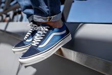 Laden Sie das Bild in den Galerie-Viewer, Vans Old Skool 36 DX - Goldjunge-Store