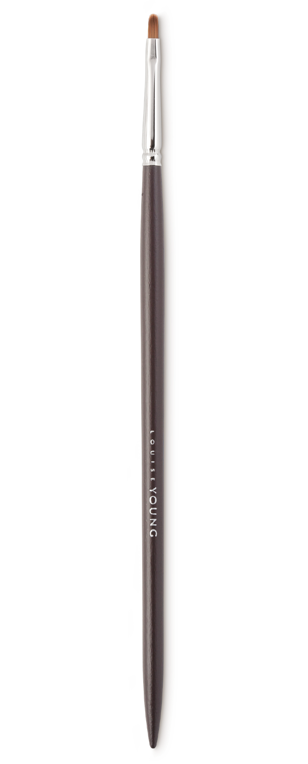 Perfect for detail work, this brush can be used for pin-point concealing and applying/blending eyeliner and shadow around the eyes.  Louise Young Vegan brushes are handmade in the UK, individually crafted and checked at all stages to create a durable and luxurious product.