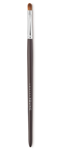 A great multi-purpose brush, use to apply eyeshadow or lipstick.  Louise Young Vegan brushes are handmade in the UK, individually crafted and checked at all stages to create a durable and luxurious product.