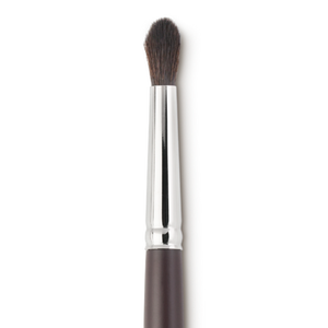Louise Young- LY38 - Tapered Shadow Brush - Vegan
