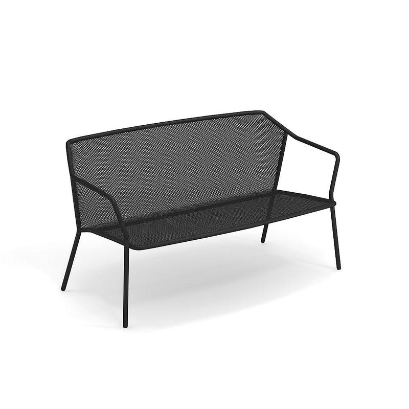 Minimal Steel Mesh Exterior Sofa | High End Outdoor Sofas UK
