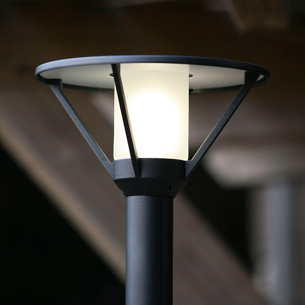 Modern Garden Floor Light with Frosted Diffuser | Minimal Floor Lamp Exterior Made in France | Luxury