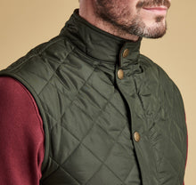 Load image into Gallery viewer, Barbour Lowerdale Gilet