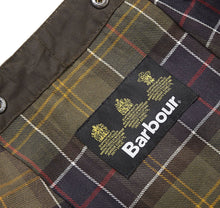 Load image into Gallery viewer, Barbour Classic Sylkoil Hood