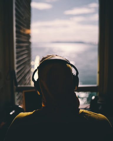 10 Best Ocean-Themed Podcasts
