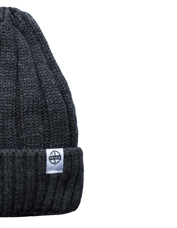 IRON BEANIE IN DARK GRAY