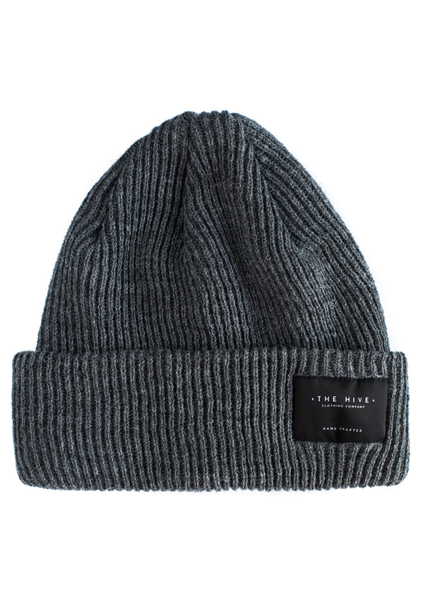 PATCH BEANIE IN GREY