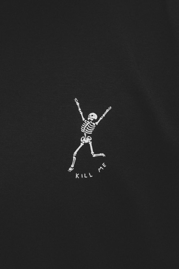 KILL ME TEE IN BLACK
