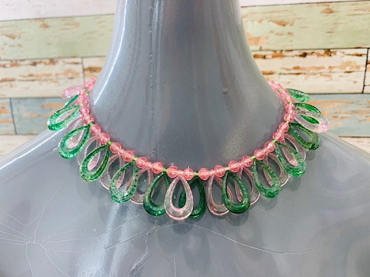 70s - Green,light Pink Necklace - Hamlets Vintage
