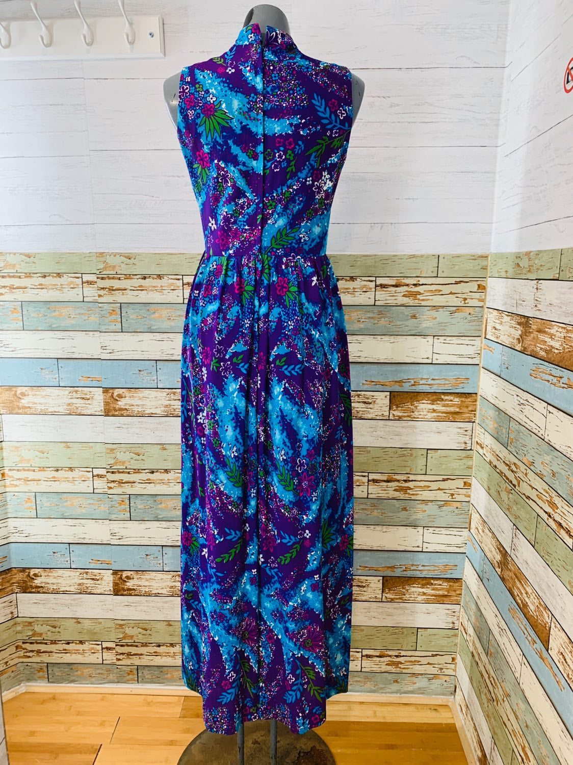 70's Sleeveless Mock Neck - Purple & Floral Print Maxi Dress - Hamlets Vintage