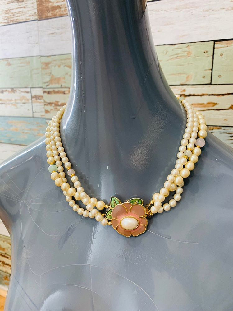 80s - Flower Clip 3 layers Pearl Necklace - Hamlets Vintage