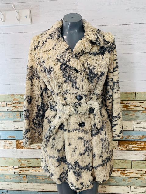 60s Grey & Cream Faux plush Coat