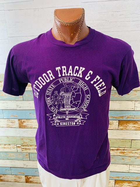 80s Outdoor Track Field Print T-shirt - Hamlets Vintage