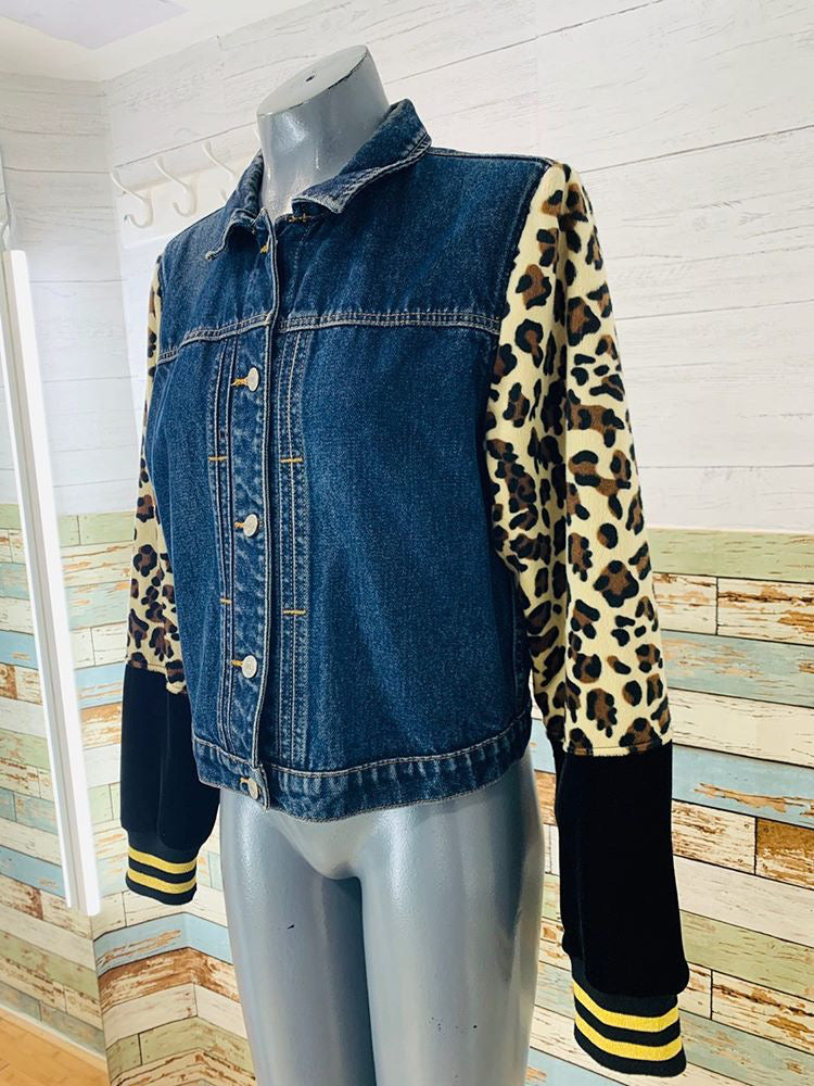 Neverabore- Re Design Denim Jacket With Cheetah Print And Velvet