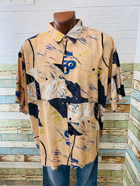 90s - Vintage Short Sleeve abstract Print Shirt