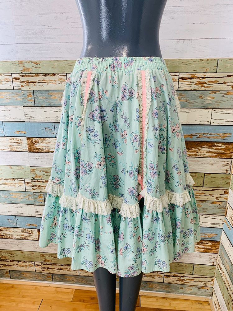 70s - Flower & Lace Square Dance Style By Malco Modes | Full Skirt - Hamlets Vintage