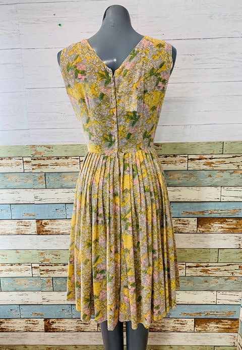 50s - Flower Day Dress No Sleeve - Hamlets Vintage