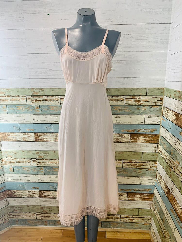60s - Pale Pink Slip Dress With Lace - Hamlets Vintage