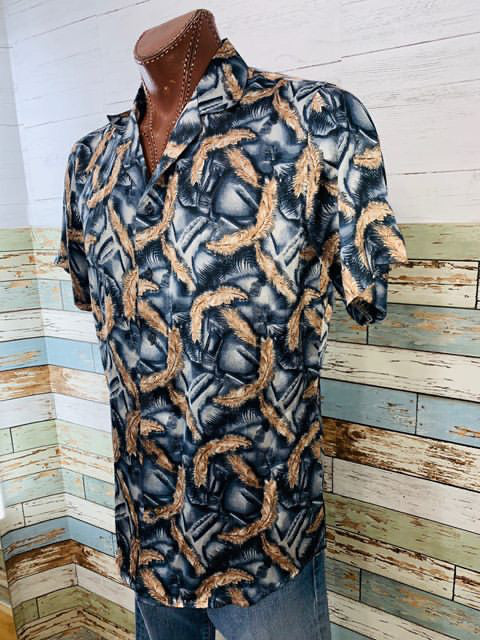 Vapsos & Co.- Feather Print Short Sleeve Shirt - Hamlets Vintage