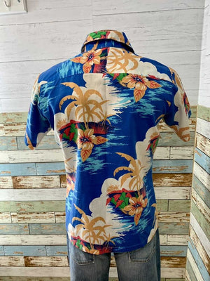 70s Hawaii Print Short Sleeve Shirt  By Fashion Classics Tag Size Medium