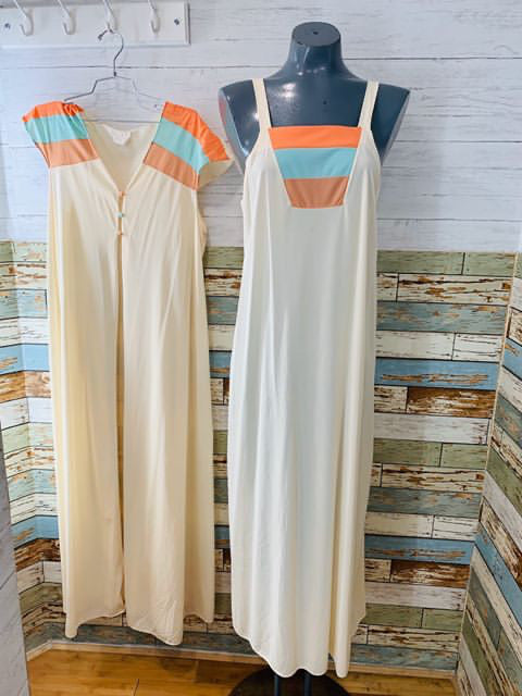 70s Nightgown Set - Hamlets Vintage