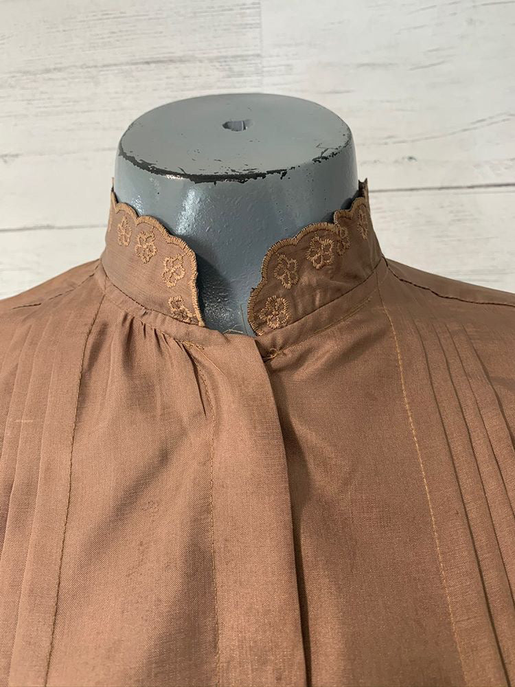 70s - Blouse With Collar Lace & Pleads Long Sleeve