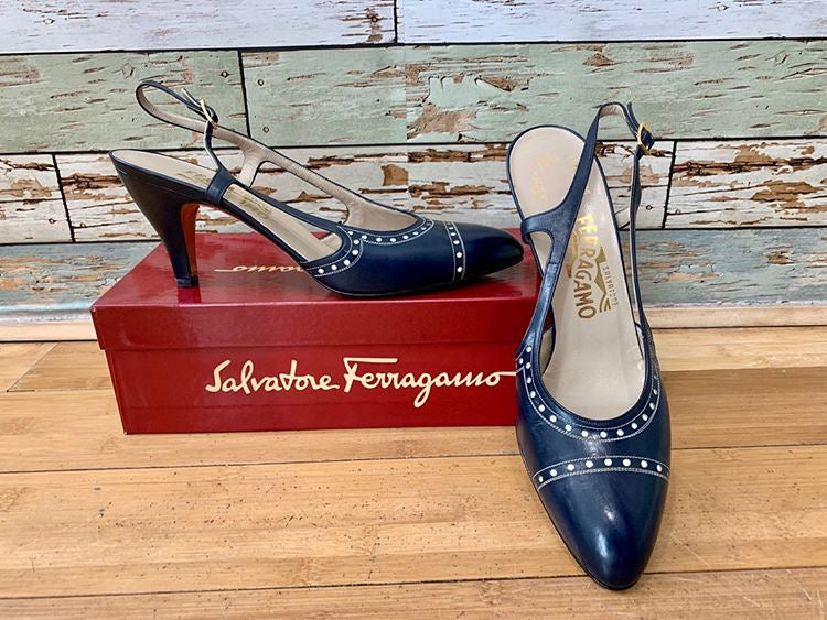 90s - Salvatore Ferragamo Navy Shoes