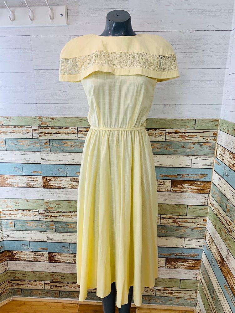 70s - Pale Yellow Strap Details Dress