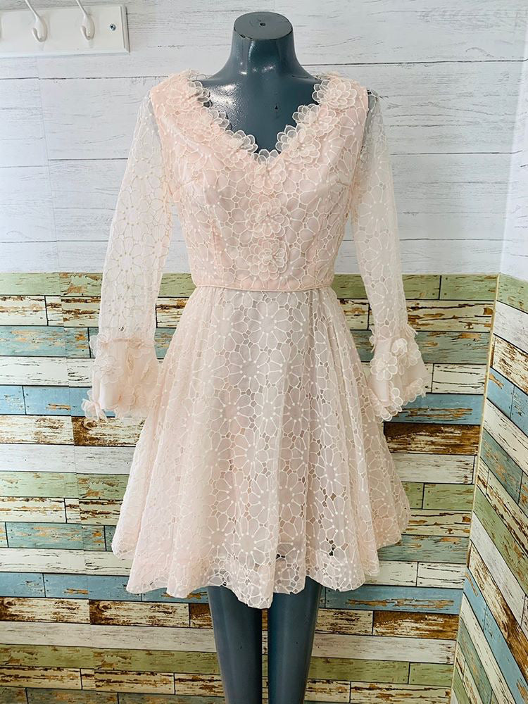 70s Pale Pink Double Layer Flower With Cutoff Details On Sleeve Short Dress