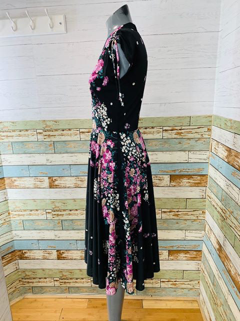 70s - Wrap Bust Dress Flower with Full Skirt