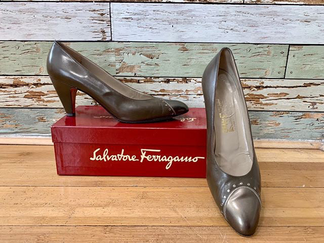 90s - Salvatore Ferragamo  Two Tone Pumps