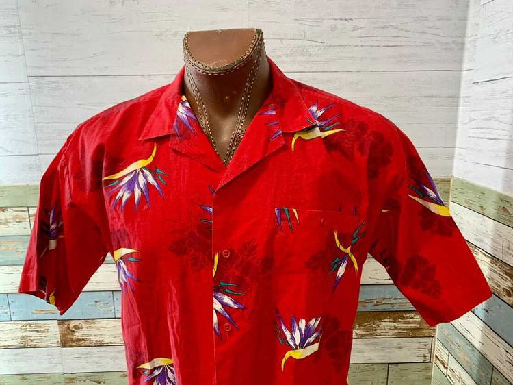 80s Hawaiian Print Short Sleeve Shirt  By C.C Sport Tag size Extra Large
