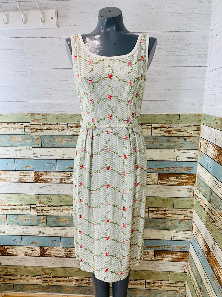 50s - Flower Embroiled Dress
