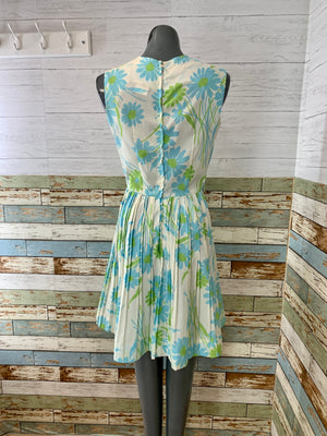 60s Flowers Print Day Dress Non Sleeve With Full Plead Skirt
