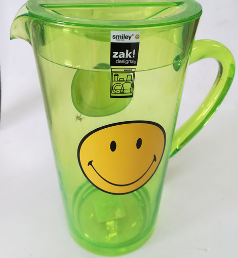 ZAK Smiley Art Pitcher - clikBUILD