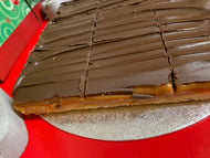 Family size Caramel Shortbread -9 slices-  Large Cakes