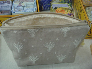 Open image in slideshow, Cosmetic Pouch Provence