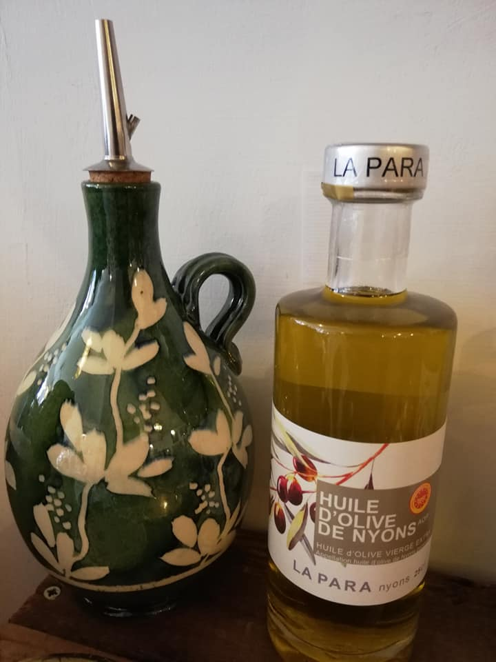 Extra Virgin Olive Oil from Nyons AOP