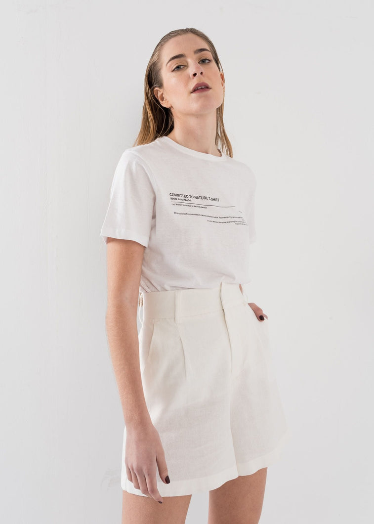 WHITE SIMPLE TEXT T-SHIRT by royalbee.uk